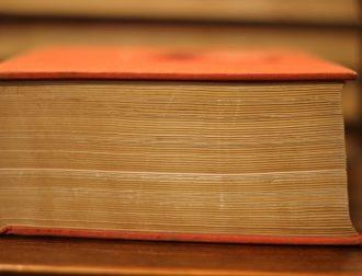 book-3986093_1920